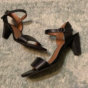 Lucky Brand Black Leather Heeled Strap Sandal Heel